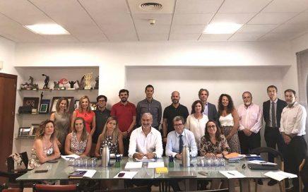 Aportem – Puerto Solidario Valencia se vuelca con el comienzo de curso de los niños del Marítimo